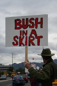 palin-protester-bush-in-a-skirt.JPG