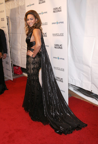 Beyonce's dress (with tail)