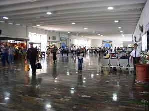mexicanairport.jpg