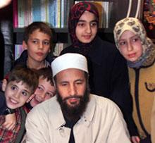 muslim-family.jpg