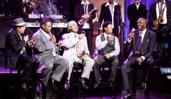 Shaken Not Stirred hosts Paul Rodriguez, Anthony Anderson, D.L. Hughley, and John Salley with guest Al Sharpton at center