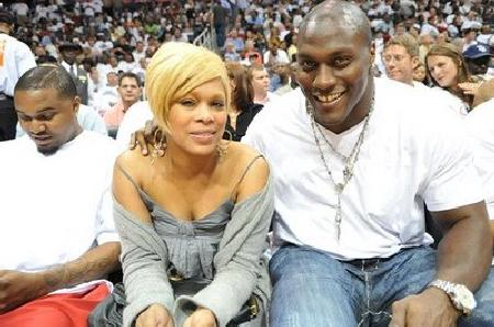 T-Boz and Takeo Spikes at the Hawks/ Miami playoff game