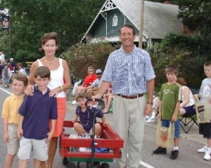 South Carolina's Governor Mark Sanford with his family