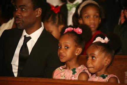 chris_rock_and_daughters.0.0.0x0.432x289