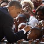 obama finger on lil man head