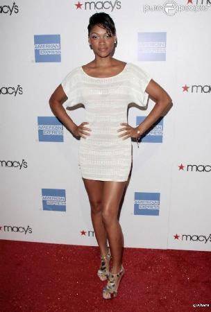 http://www.eurthisnthat.com/wp-content/uploads/2009/11/287672-bria-murphy-a-la-soiree-macy-s-637x0-4.jpg