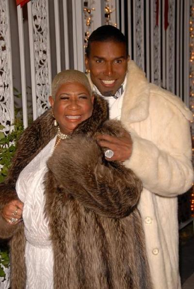 luenell&norwood_young(2009-in-fur-med-lrg)
