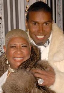 luenell&norwood_young(2009-in-fur-med)
