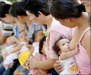 China's wealthy are exclusively using breast milk for their milk needs.