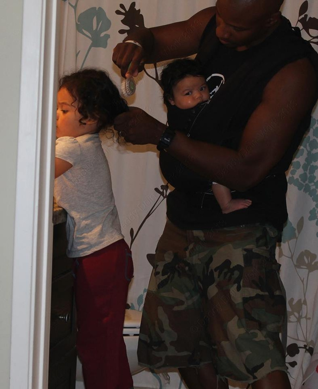 Daddy Blogger, Racist Attack Viral Pic