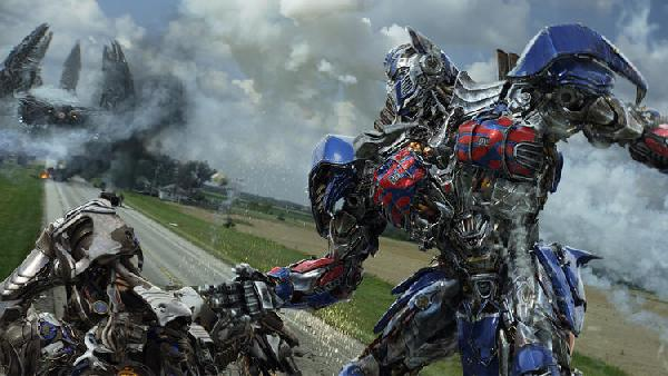 Optimus Prime, the REAL star of Transformers 4