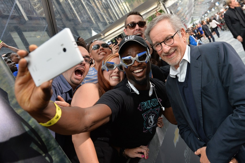 Steven Spielberg takes selfie with fan in The Big Apple!
