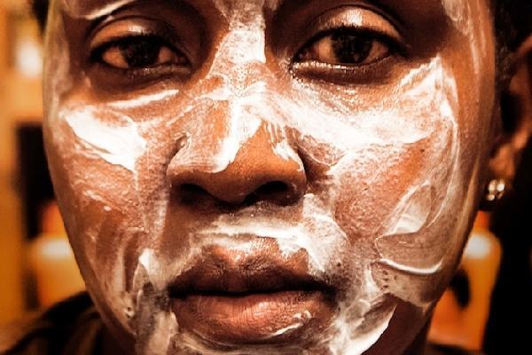 Vice picture, Kenyan wear skin lightening cream