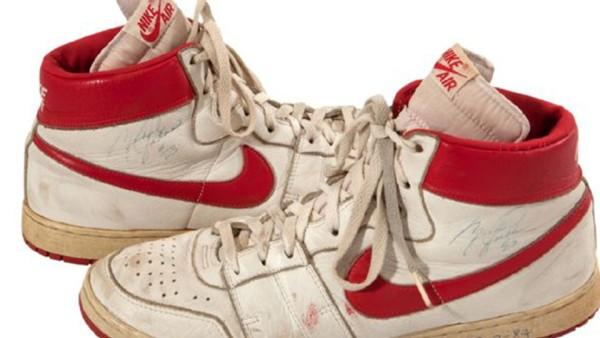 Shoes_bw7euu9p_1jb90qmz