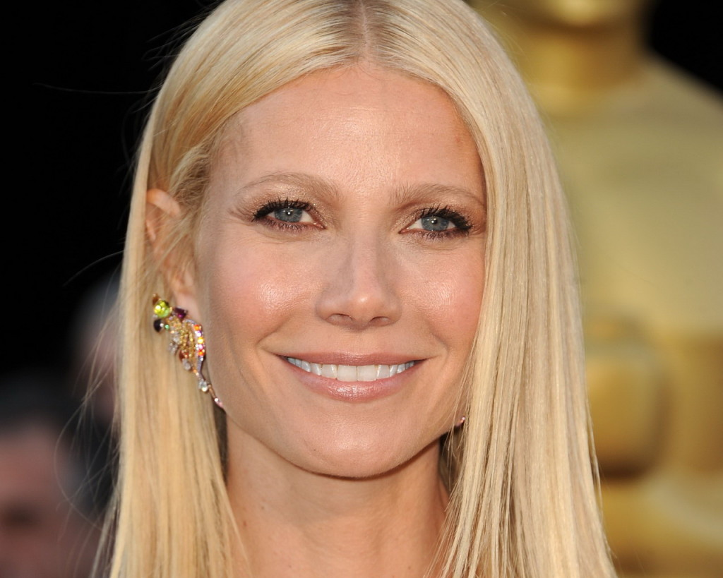 And here's the Gwyneth Paltrow we all know and love!