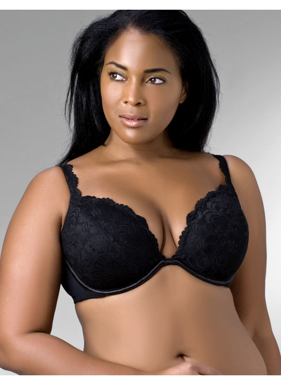 BLACK-WOMAN-BRA