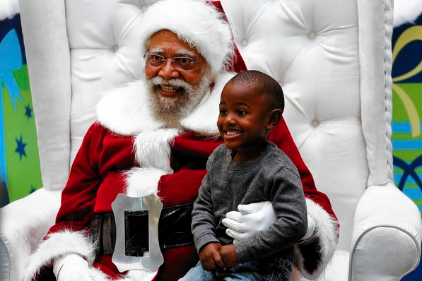 i cant remember the exact words i used to break my daughters heart and tell her the truth about santa claus all i do recall is that my heart needed - Santa Claus With Kids