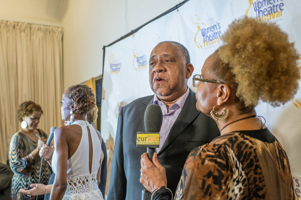EURweb senior editor, DeBorah B. Pryor speaks with co-Host and actor, Barry Shabaka Henley on red carpet at the event.