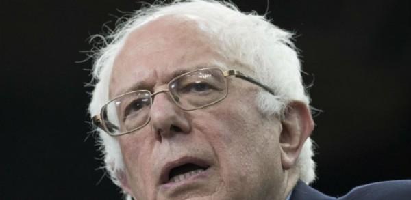 Bernie-Sanders-Book-Signing--900x440
