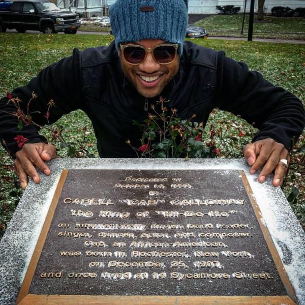 Entertainer Elijah Rock at official Cab Calloway Memorial site in Rochester, New York. Courtesy of Elijah Rock. Used by permission.