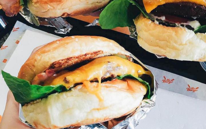 burgers-large_trans++-1mRoscdjk9tCfg89ry5wu_zAwOGHB7s7ZT1hZrn_fM