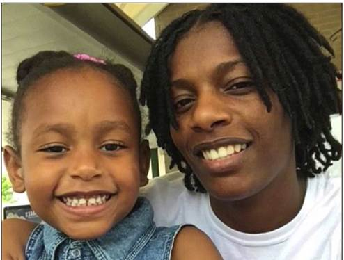 Lanaydra Williams and her little girl, India.