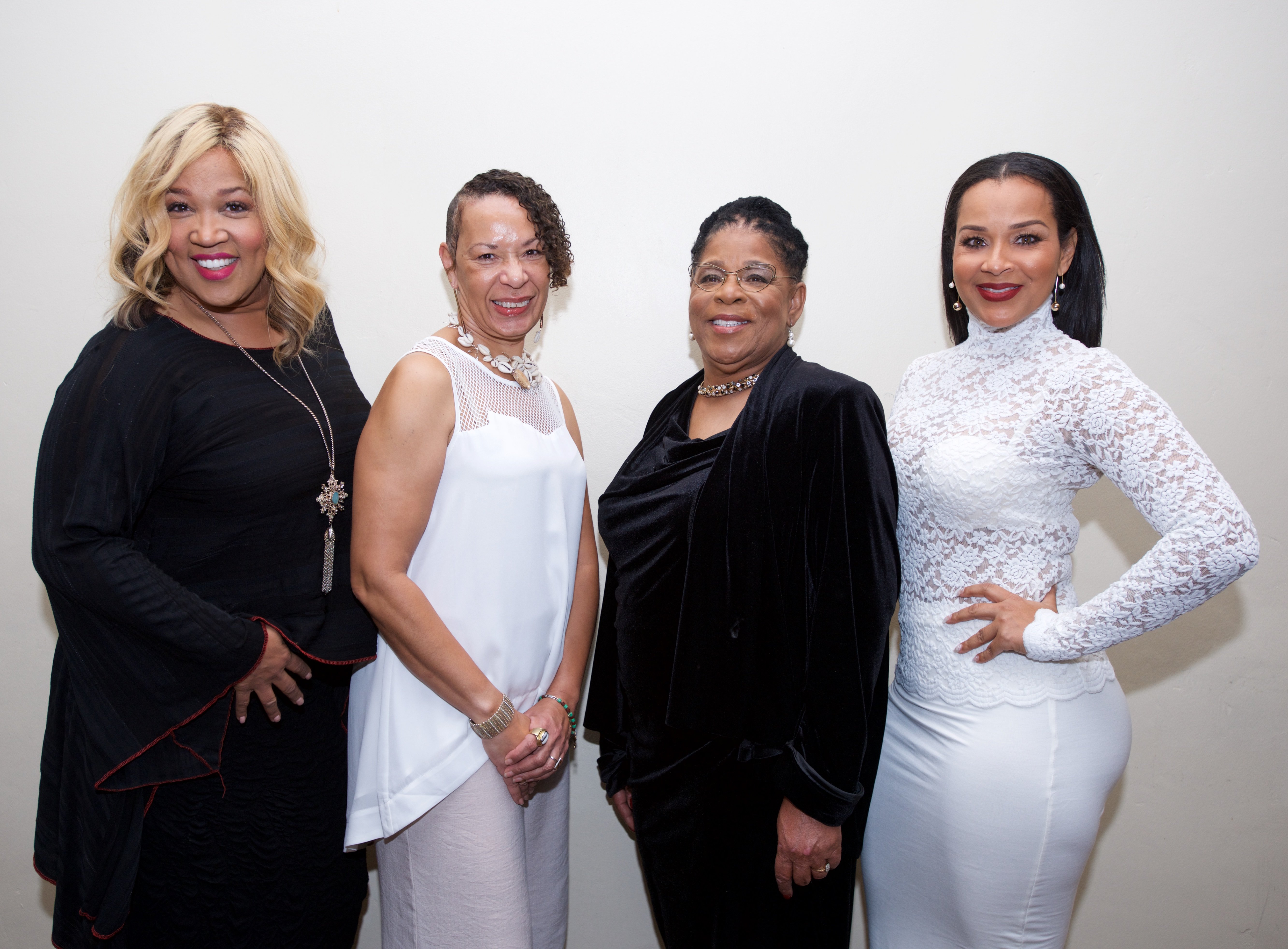 L-R: Celebrity Presenter of the Flozelle Woodmore Memorial Award, Star on Freeform Network Kym Whitley, Community Champion Award, Honoree Dr. Cheryl Grills, Ph.D. A New Way Of Life Re-Entry Project Founder, Susan Burton, Celebrity Presenter of the Flozelle Woodmore Memorial Award, Actress Lisa Raye: The Real McCoy