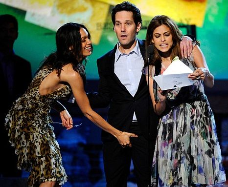Paul Rudd was definitely NOT expecting this from Rosario Dawson
