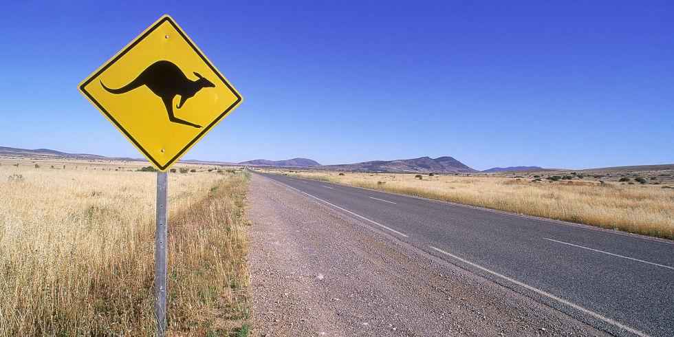 landscape-1493031016-australia-road