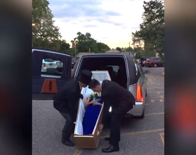 teen, prom, coffin