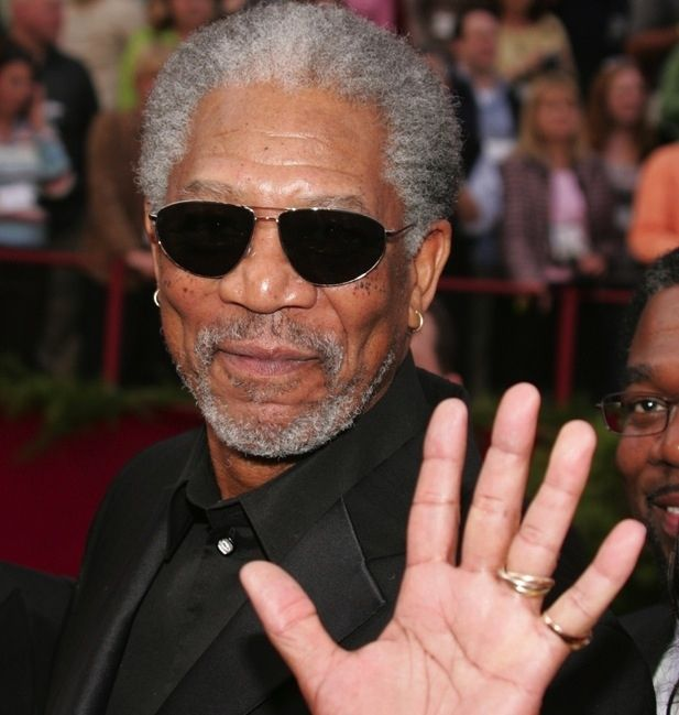 59 Famous People Who Are Left-Handed | Famous left handed ... |Left Handed Celebrities Chefs