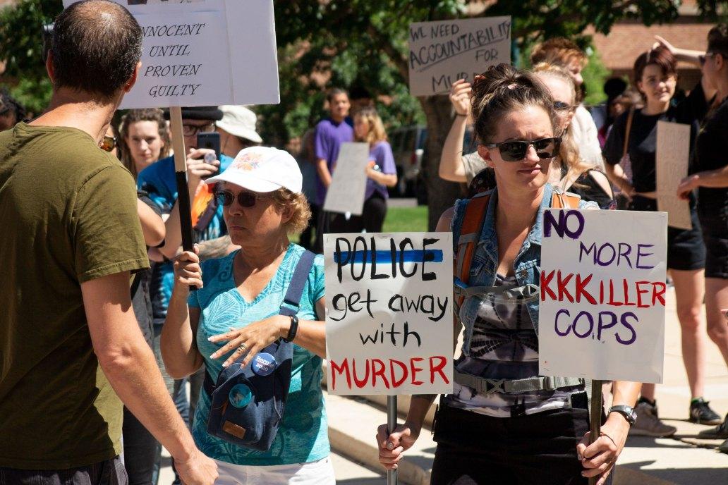 colorado springs police proterters
