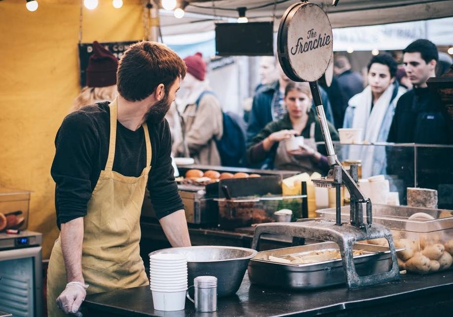 Restaurant - Bakery worker